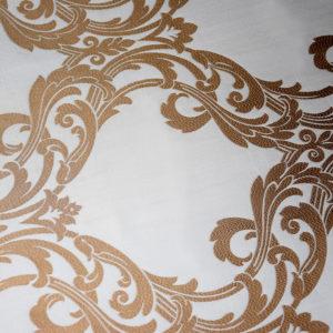 шторы с золотым узором